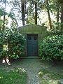 Hamburg Nienstedtener Friedhof Mausoleum2 01.jpg