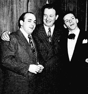 Toots Shor - Hank Sanicola, Toots Shor, and Frank Sinatra in 1947