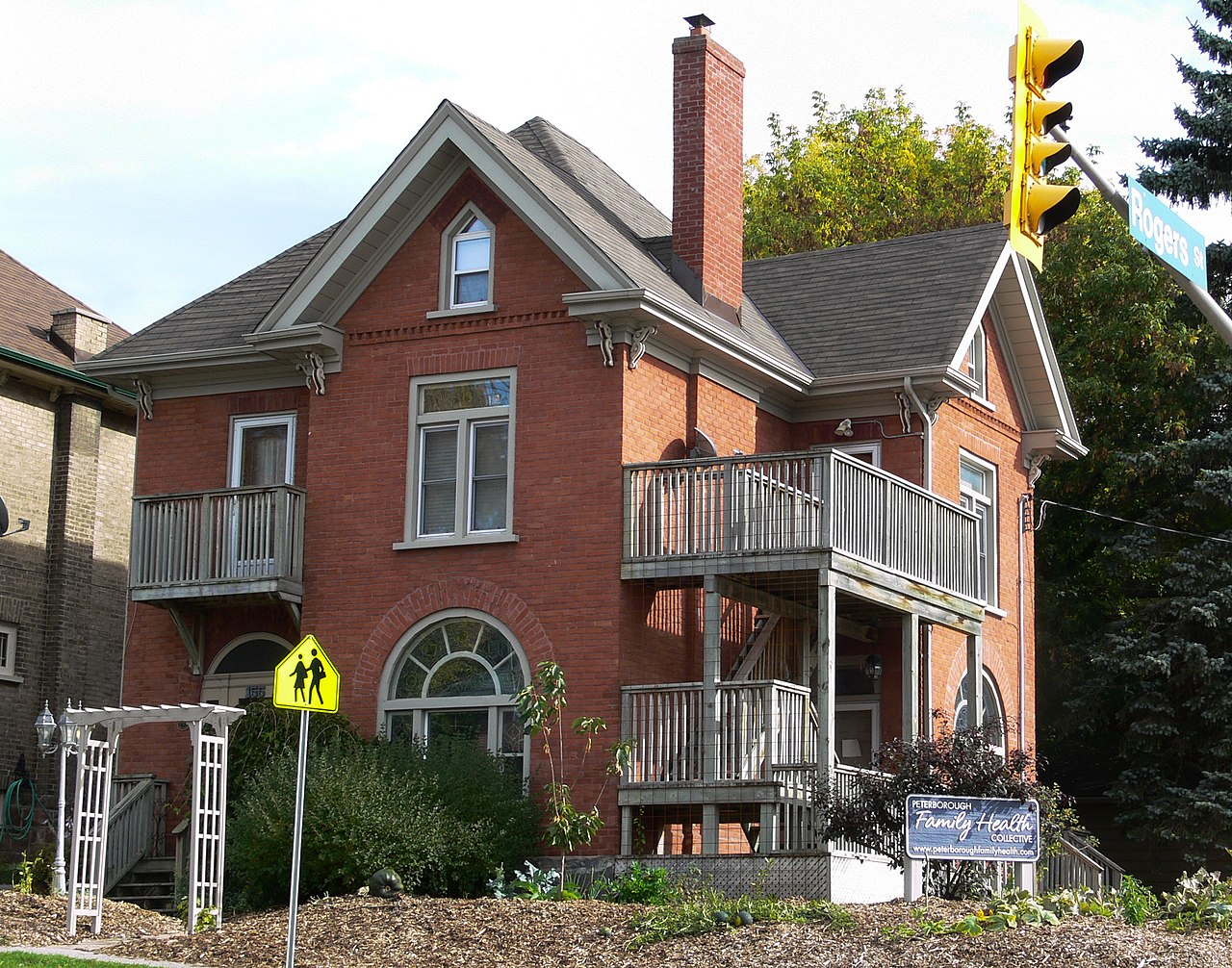 File hay smit house 155 hunter street east on the corner - The home hunter ...