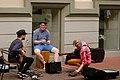 Heino Elleri muusikakooli tudengid Tartus Rüütli tänaval esinemas. 2014. aasta juuli..jpg