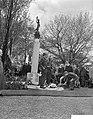 Herdenking van de gevallenen uit de tweede wereldoorlog op de Nieuwe Oosterbegra, Bestanddeelnr 910-3451.jpg