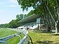 Hippodrome Cavaillon Tribune.JPG