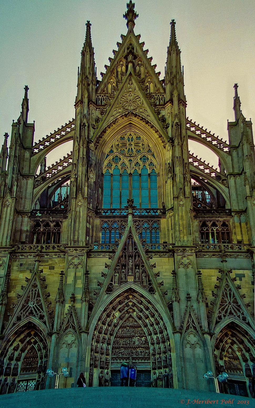 Hohe Domkirche zu Köln (Kölner Dom) (Analogaufnahme Nikon F5) (11152447736)