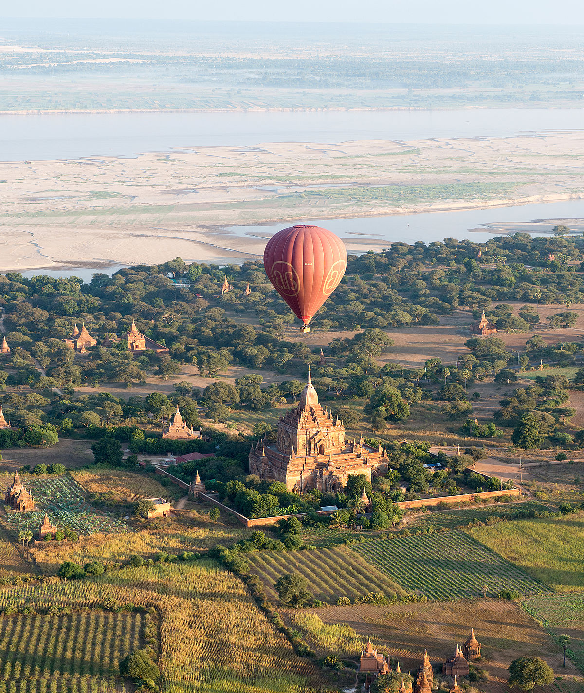1200px-Hot_air_balloon_over_a_pagoda_in_Bagan.jpg