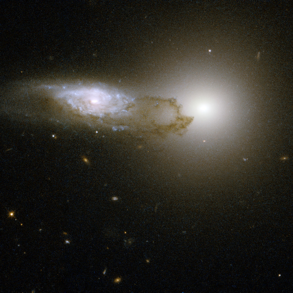 фото всех галактик с телескопа хаббл склеиваем части