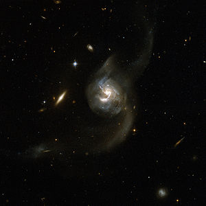 Hubble Interacting Galaxy NGC 6090 (2008-04-24).jpg