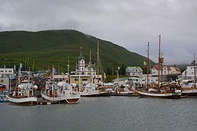 Husavik harbour.jpg