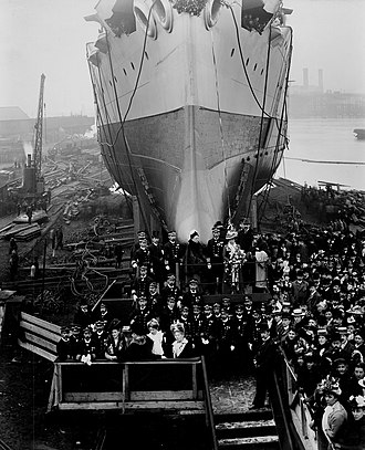 Japanese cruiser Iwate - Iwate prior to launching, Newcastle upon Tyne