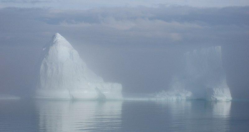 File:Icerberg upernavik 2007-08-01 1.jpg