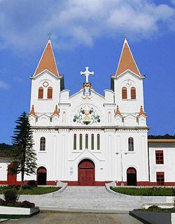 Iglesia de Nra Sra del Perpetuo Socorro-San Jose de la M.jpg