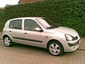 Image Renault Clio II Phase II 1.2 Privilège front.JPG