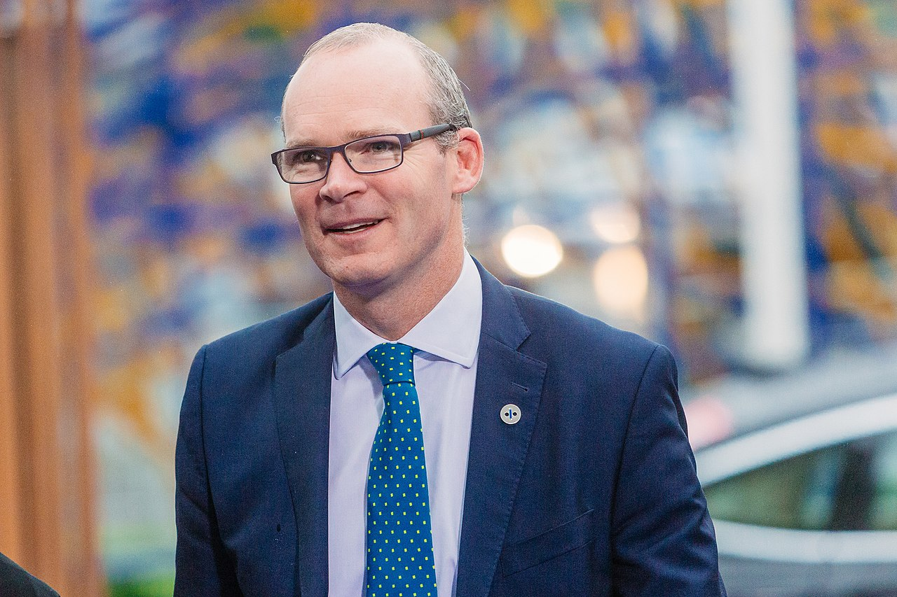 Informal meeting of ministers for foreign affairs (Gymnich). Arrivals Simon Carbery Coveney (36701531950).jpg