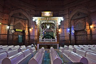 Tomb of Shah Rukn-e-Alam - Shah Rukn-e-Alam's grave  is surrounded by 72 graves of his descendants and devotees.
