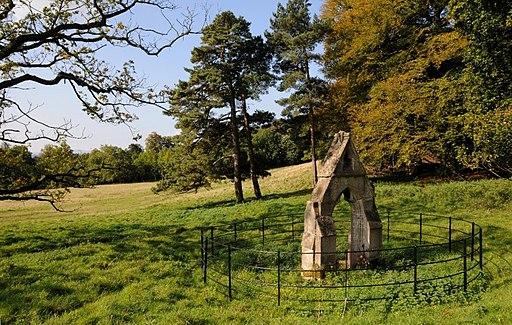 Jacob's Well, Hagley Park, Worcs (geograph 4181944)