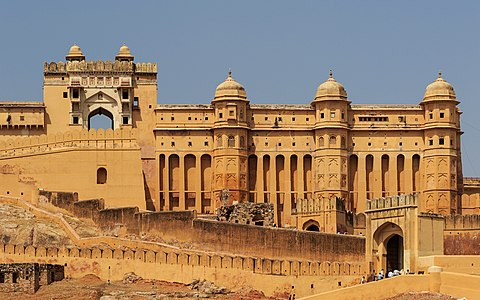 Jaipur, India: detail of fortification of the Amber Fort (aka Amer Fort)