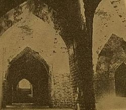 Jameh Mosque of Sarab - Old Interior.jpg