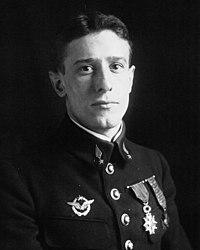 Jean Loste 1917.jpg
