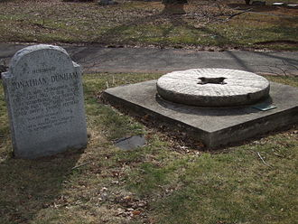Jonathan Singletary Dunham House -  Memorial to Jonathan Dunham in Woodbridge, NJ and an original mill stone used in the first gristmill in New Jersey
