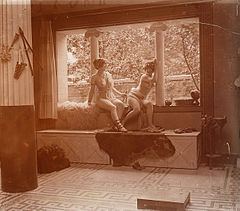 Jules Richard -Hammam Nude Scene old glass stereo Photo Richard 2.jpg