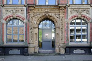 Liceo Italo Svevo - The building that houses the school