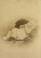 KITLV - 124970 - Stafhell & Kleingrothe - Medan-Deli Sumatra's O.K. - Baby in Medan, Sumatra - 1885-1900.tif