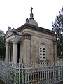 Karamanevs' burial vault 06.jpg