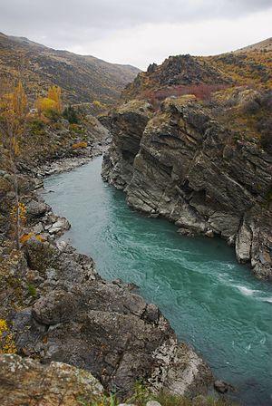 Kawarau Gorge - Kawarau River flowing through the Kawarau Gorge, immediately downstream from Roaring Meg tributary