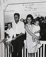 Kennedy family Christmas 1962.jpg