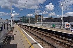 Kentish Town West railway station MMB 07.jpg
