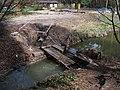 Kersko, rybník na Velenském potoce, odtok.jpg