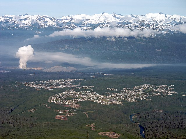 Kitimat By Sam Beebe (Kitimat) [CC-BY-2.0 (https://creativecommons.org/licenses/by/2.0)], via Wikimedia Commons