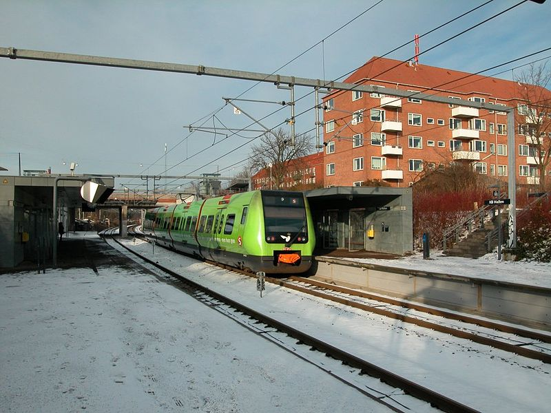 File:Kopenhagen-dsb-s-bahn-ein-zug-583991.jpg
