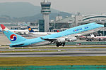 Korean Air Boeing 747-400 Prasertwit-1.jpg