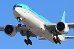 Korean Air Lines, Boeing 777-3B5(ER), HL7783 (13139691293).jpg
