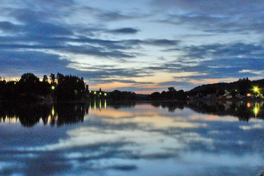 L'Yonne au crépuscule  www.villeneuve-yonne.fr/