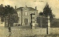 La Mairie Loché Ver-lès-Chartres Eure-et-Loir (France).jpg