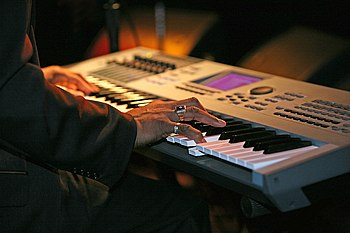 Larry Logan playing Yamaha Motif.jpg