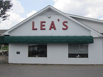 Lecompte, Louisiana - Lea's Lunchroom is a popular restaurant in Lecompte.