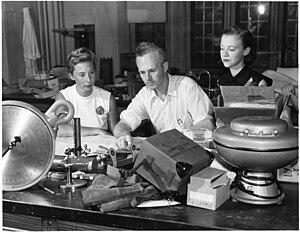 Knut Schmidt-Nielsen - Bodil Mimi Krogh Schmidt-Nielsen, Knut Schmidt-Nielsen, and Barbara Wagner.