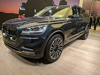Lincoln Aviator - The Lincoln Aviator prototype at the 2018 New York Auto Show.