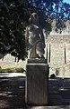 Lisboa - Castelo de San Jorge - 02 - Estatua.jpg