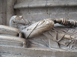 Lisbon Cathedral - Gothic tomb of knight Lopo Fernandes Pacheco, 7th Lord of Ferreira de Aves, in the ambulatory of Lisbon Cathedral.