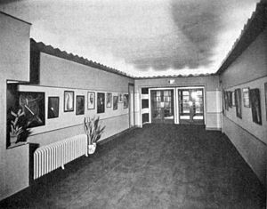 Pola Stout - Art gallery in the Little Carnegie Playhouse (1928)