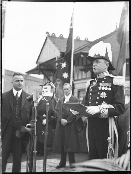 The Lord Wakehurst takes the oath of office upon his arrival in Sydney in 1937. Lord wakehust arrives.jpg