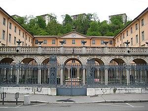 Conservatoire national supérieur de musique et de danse de Lyon - Courtyard view from the banks