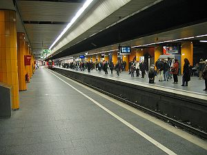 Munich S-Bahn - S-Bahn station Marienplatz with S7 to Munich East