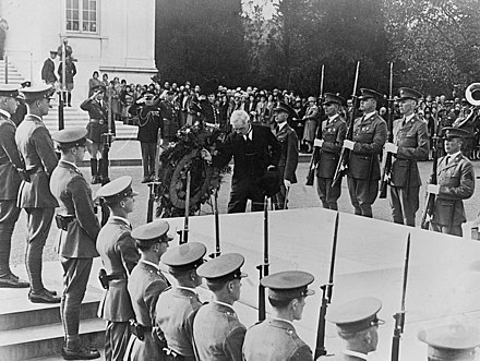 MacDonald at Tomb of Unknown Soldier, Washington, DC, 9 October 1929 MacDonald at Tomb of Unknown Soldier-edit.jpg