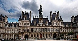Place de l'Hôtel-de-Ville - Esplanade de la Libération - Image: Mairie Paris Luc Viatour