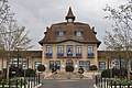 Mairie des Clayes-sous-Bois, Yvelines 2.jpg