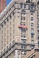 Manhattan - window washers on Whitehall Building Annex 03 (9443110740).jpg